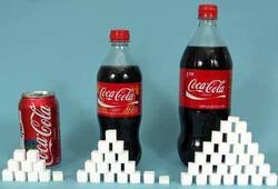 hoeveelheid suikerklontjes in blikje en flessen cola
